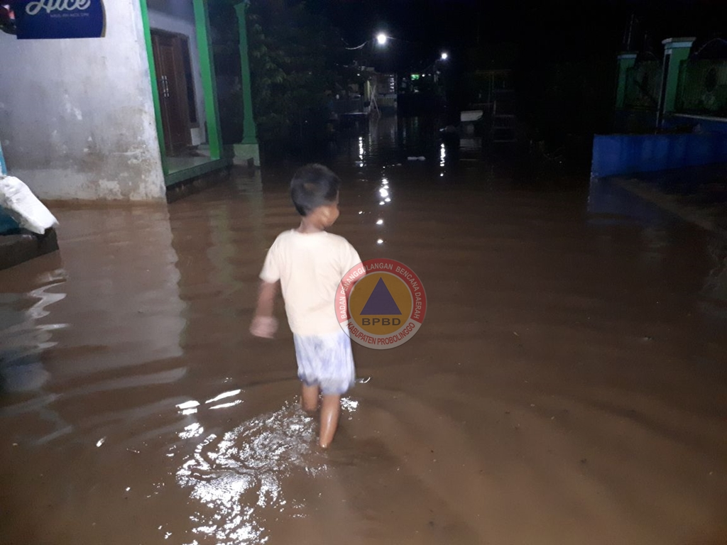 Empat Lokasi Banjir Dampak Hujan Lebat  di Kabupaten Probolinggo
